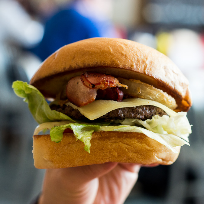 Phil's Icehouse Burger